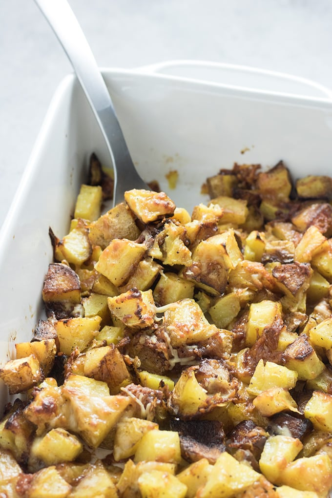 crispy roasted potatoes with garlic