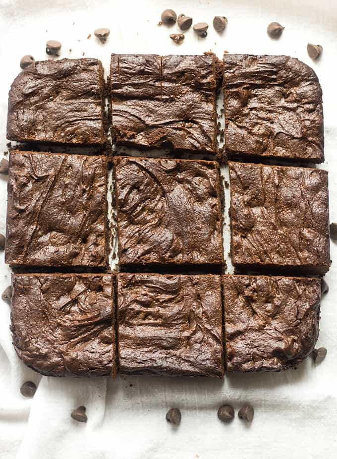 flourless cashew butter brownies