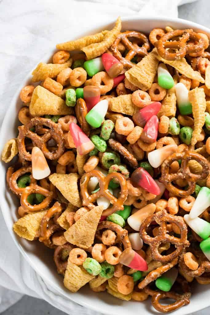 Fall harvest apple pie snack mix