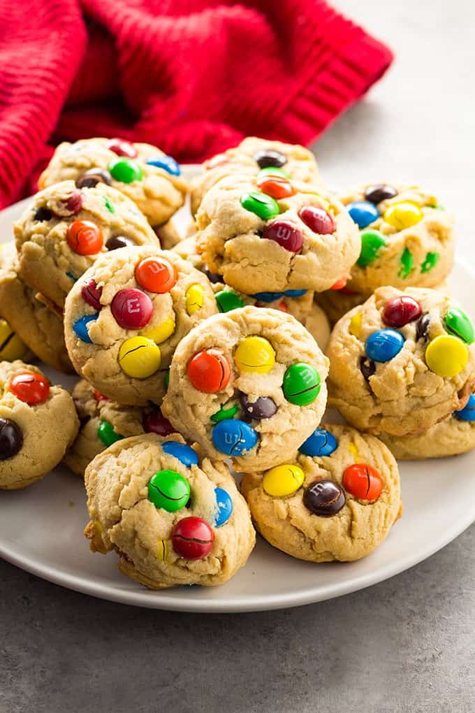 easy homemade peanut butter M&M cookies