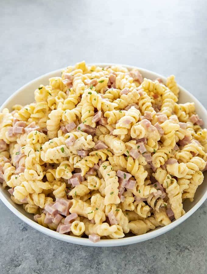 ham and cheese pasta in a bowl