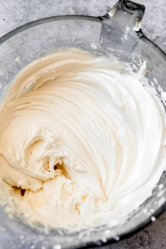 An image of a bowl of cream cheese frosting.