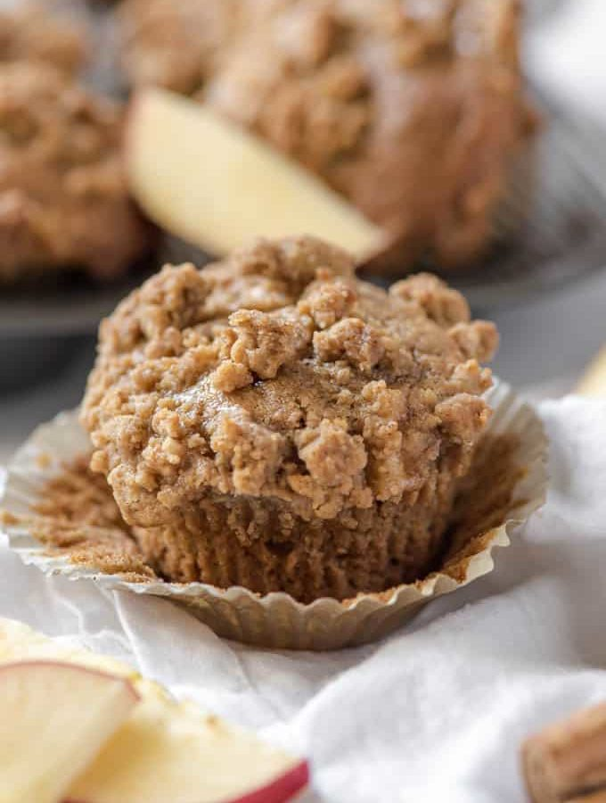 apple cinnamon muffin with a crumble topping