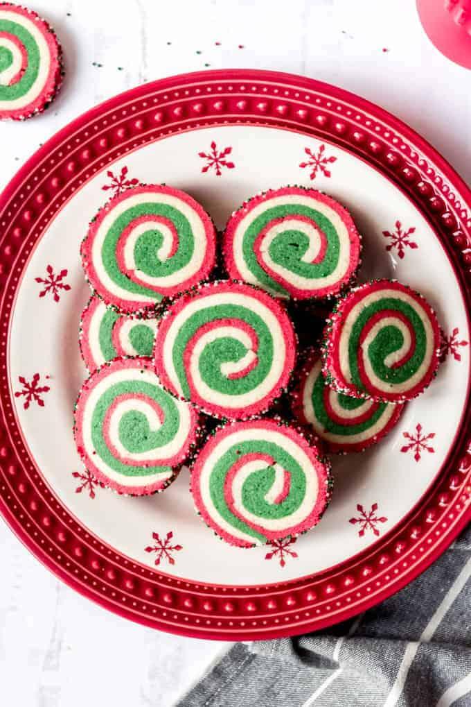 An image of a plate of swirled pinwheel cookies.
