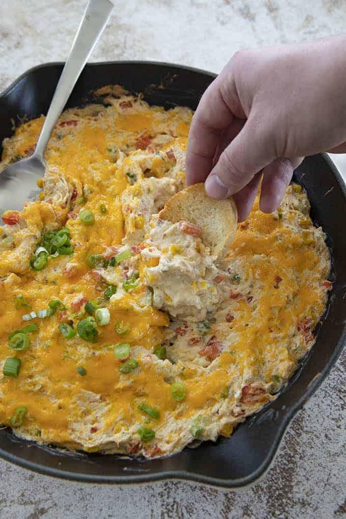 hot crab dip in pan
