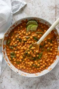 pan of chickpea curry