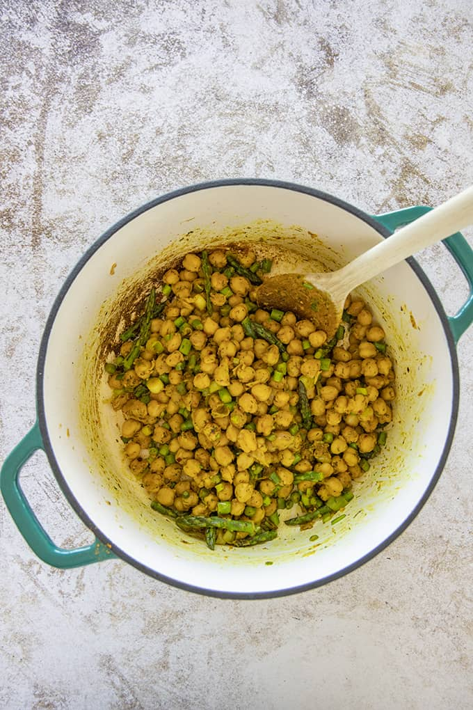 chickpeas in a pot
