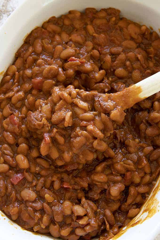 baked beans in pan