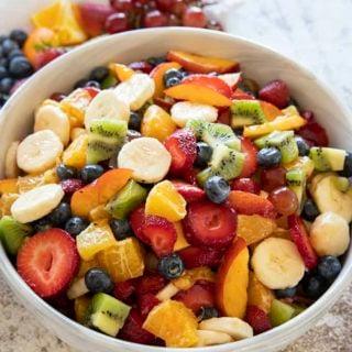 salade de fruits dans un bol